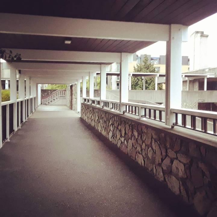 Walkway from the Emily Carr residence to the cafeteria at the University of Victoria